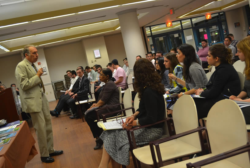LAS hosts an evening with Touro College of Pharmacy, Touro College of Dental Medicine, and New York Medical College, for pre-med, pre-dent, and pre-pharmacy students.