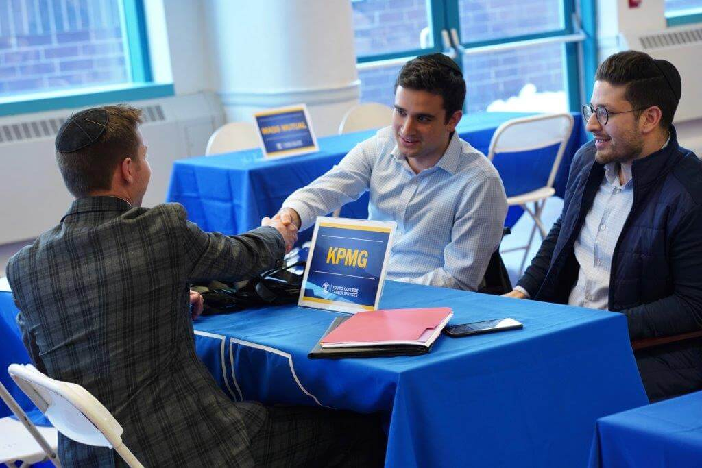 Students from LAS, LCM, and NYSCAS met with recruiters at the Touro Undergraduate Spring 2019 Career Fair on March 5. The fair was held at Lander College of Arts and Sciences.